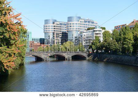 Moabiter Bridge - Berlin
