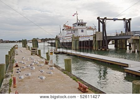 Sound Class Ferry Cedar Island At The Terminal In Ocracoke