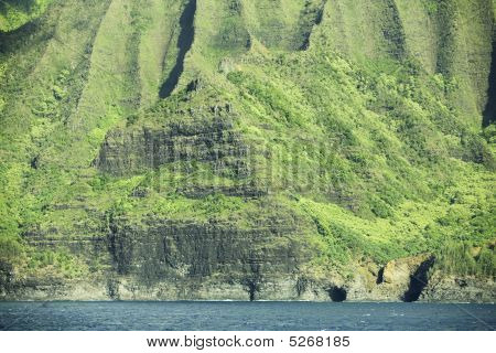 Na Pali Coast Mountains