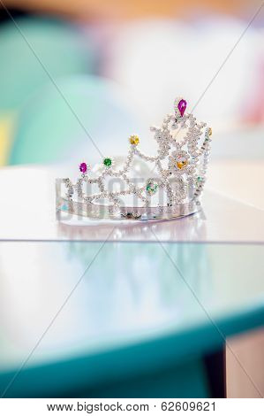 Pageant crown with gems