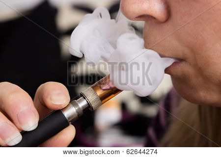 Female Vaping