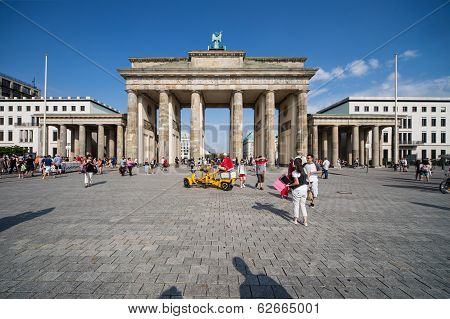 People in front of the Brandenburg Gate in Berlin.
