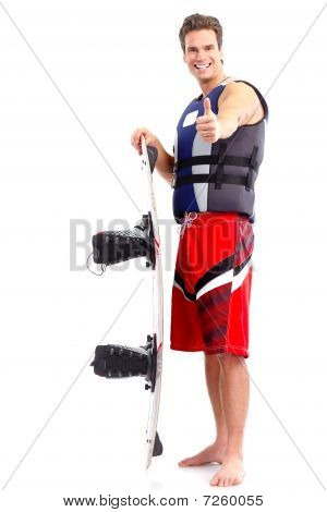 Mann mit Surfbrett