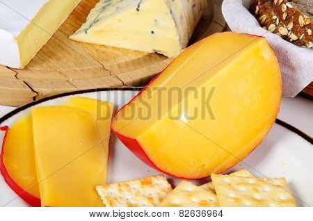 Dutch Edam cheese and crackers.