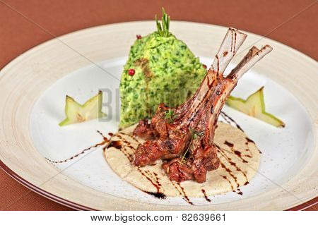ribs calf with potato puree and vegetables