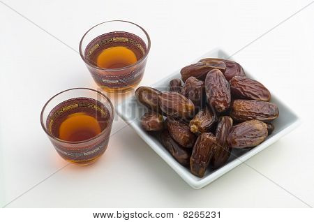 Tea and dates