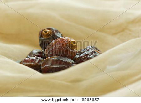 Ripped arabian dates