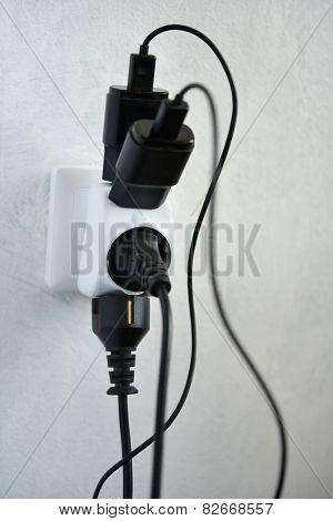 Power outlet with four plugs