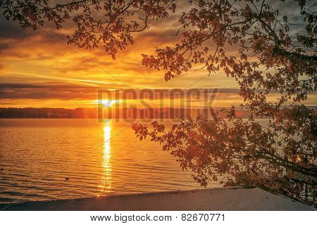 An image of a beautiful sunrise at Starnberg lake