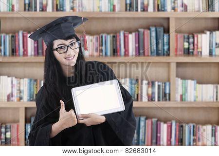 Female Bachelor And Digital Tablet 1