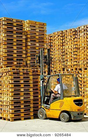 Pallets Forklift