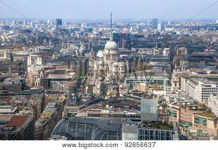 LONDON, UK - APRIL 22, 2015: City of London panorama
