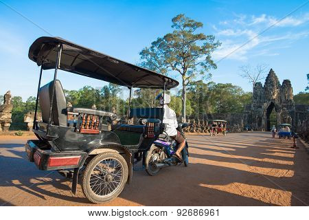 Moto-remorque Or Tuk-tuk In Siem Reap