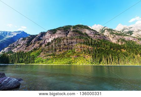 Avalanche lake in Glacial national park in Montana