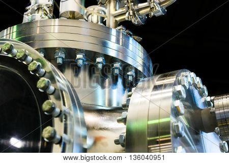 Flanged Vacuum Equipment.