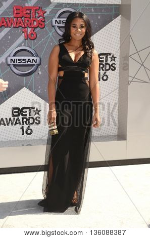 LOS ANGELES - JUN 26:  Regina Hall at the BET Awards Arrivals at the Microsoft Theater on June 26, 2016 in Los Angeles, CA
