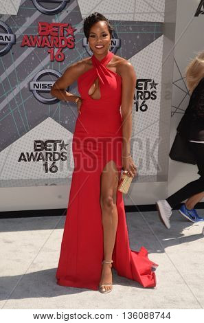 LOS ANGELES - JUN 26:  LeToya Luckett at the BET Awards Arrivals at the Microsoft Theater on June 26, 2016 in Los Angeles, CA