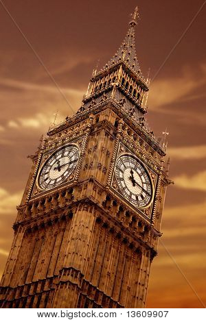 big ben at sunset in the heart of london