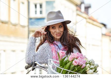 Fashion style photo of a summer women