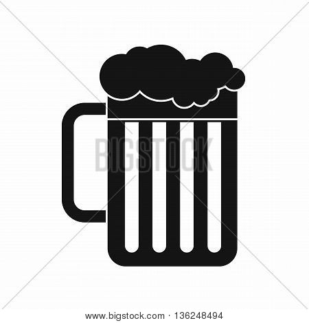 Beer mug icon in simple style isolated on white background