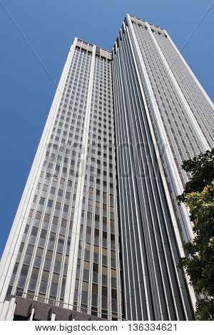 Skyscraper In La