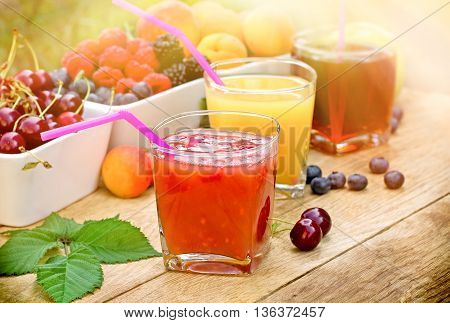 Healthy refreshing fruit drink and organic berry fruits