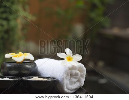 Spa massage with salt, turmeric and aroma, Thailand, select focus