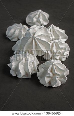 White Vanilla Meringues