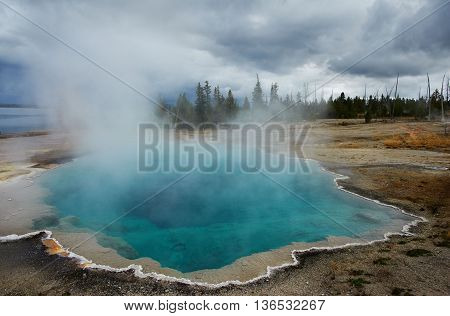 West Thumb Geyser Basin, Sapphire Pool, Yellowstone, Wyoming, USA