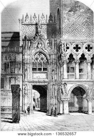 Door of the Ducal Palace in Venice, vintage engraved illustration. Magasin Pittoresque 1861.