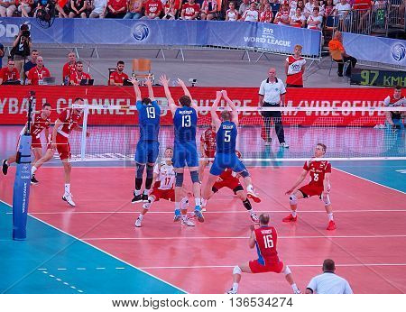 Poland and Russia-World League.  Lodz, Poland - June 25, 2016 Block Russian volleyball players in the match with the League of Polish world in Lodz.