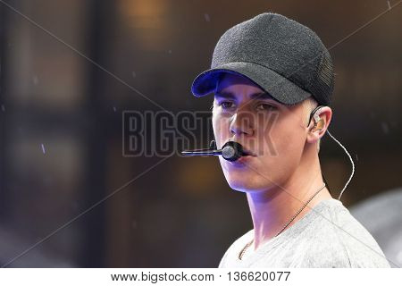Singer Justin Bieber performs on NBC's 'TODAY Show' at Rockefeller Plaza on September 10, 2015 in New York City.