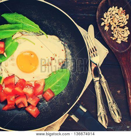 Fried Eggs Pan Tomatoes Greens Healthy Breakfast