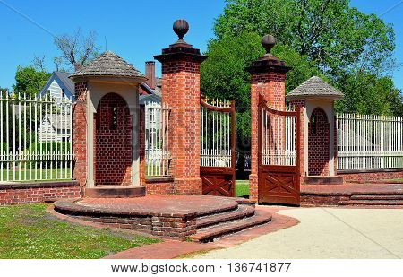New Bern North Carolina - April 24 2016: - Entrance gates and rounded sentry booths at 1770 Tryon Palace *