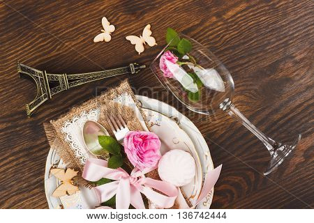 Tableware With Lightpink Roses And Marshmallows