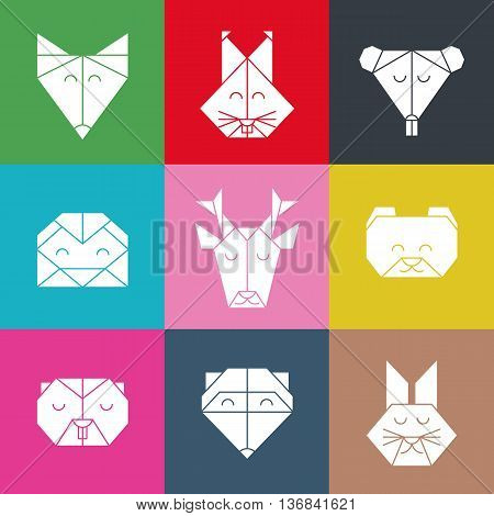 Polygonal seamless pattern with animal heads. Animals triangle background. Animal low poly pattern. Vector origami animal pattern. Seamless polygon forest animal pattern.