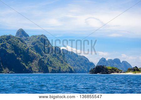 Tapiutan and Matinloc island. El Nido Palawan Philippines