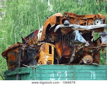 Rusty Scrap-Cars