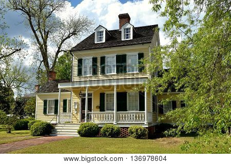 New Bern North Carolina - April 23 2016: Federal style 1795 Cutting-Allen House in the historic district