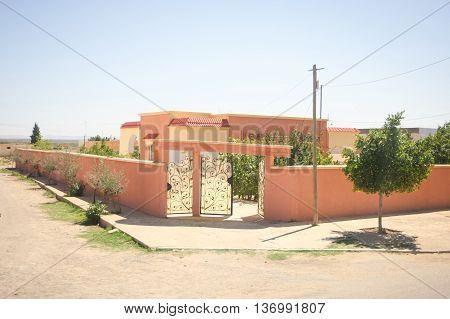 Residential Building In Bir Al Huffay