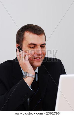 Unternehmer, die am Telefon