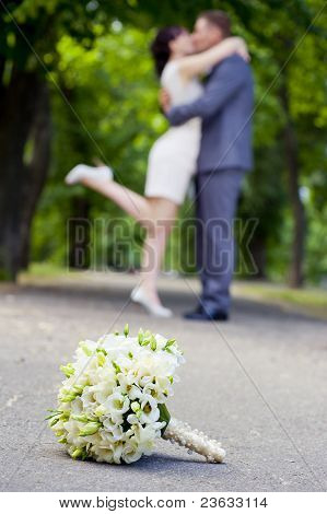 Romantic Couple Bouket