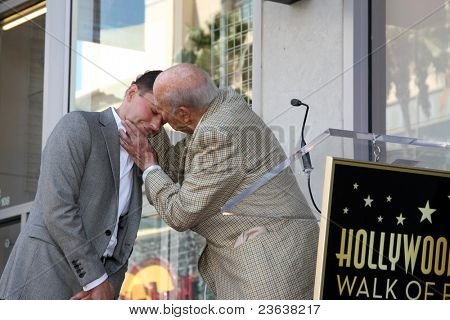 LOS ANGELES - SEP 19:  Jon Cryer, Carl Reiner at the Jon Cryer Hollywood Walk of Fame Star Ceremony at Hollywood Walk of Fame on September 19, 2011 in Los Angeles, CA