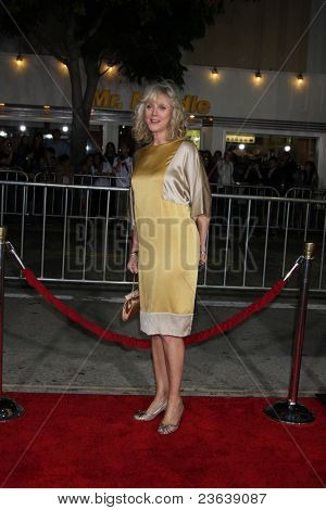 LOS ANGELES - SEP 19:  Blythe Danner arriving at the