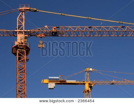 Stell Cranes