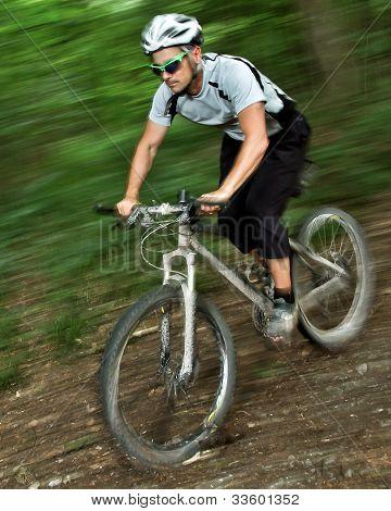 mountainbiker on a singletrail
