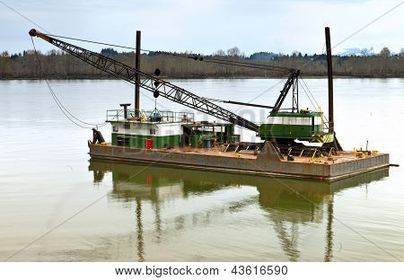 Floating Barge And Heavy Duty Crane, Oregon.