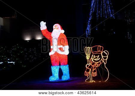 Illumination Santa Claus And Snowman