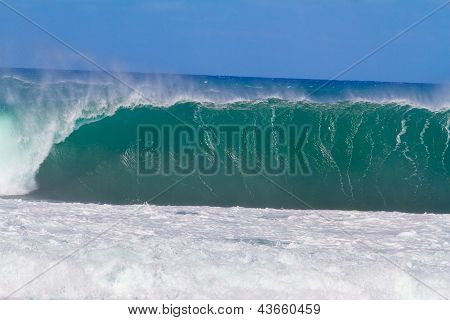 Giant Wave Break In Hawaii