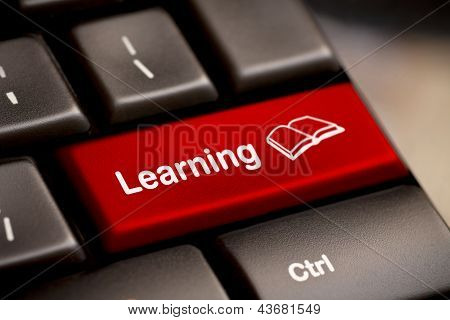 Conceito de E-learning. Teclado de computador